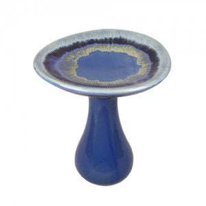 "20"" Auroa Bird Bath.  2 pieces"